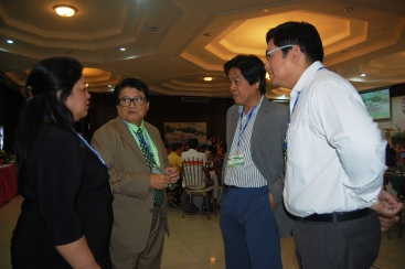 NWU Laoag President Liza Nicolas and VPs Dr. Rudy Bareng and Atty. Ferdinand Nicolas with Architect and Urban Planner Jun Palafox @ the Forum-Workshop